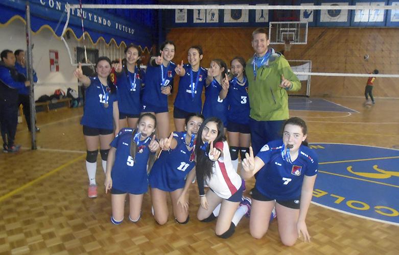 Ganadoras provincial 2016 Vóleibol (niñas con medalla)
